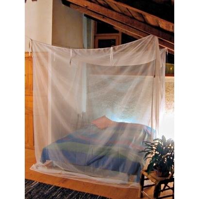 Moszkitó- hálók és sátrak